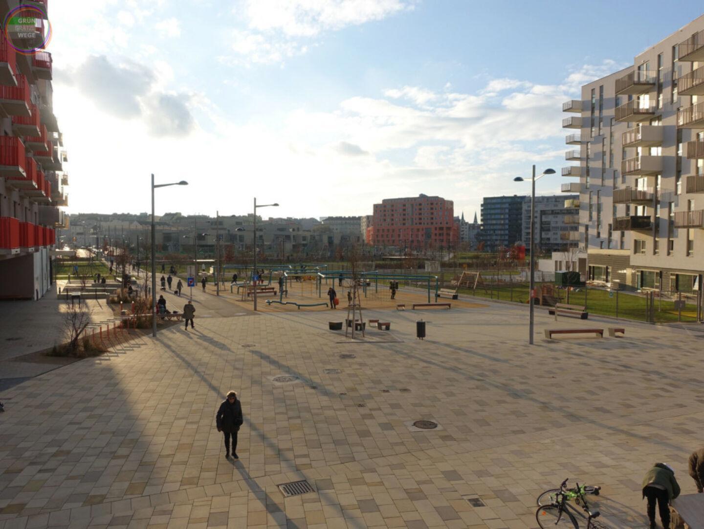 Bild Weg 5 Großer Platz in Neubauviertel