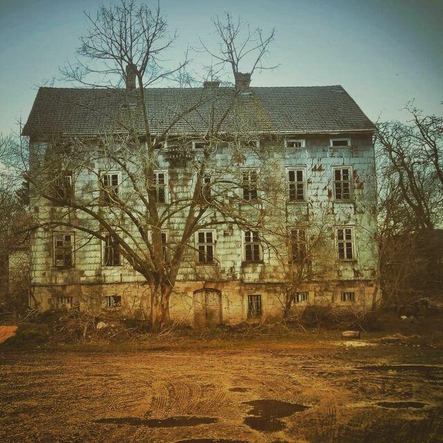 The spooky house